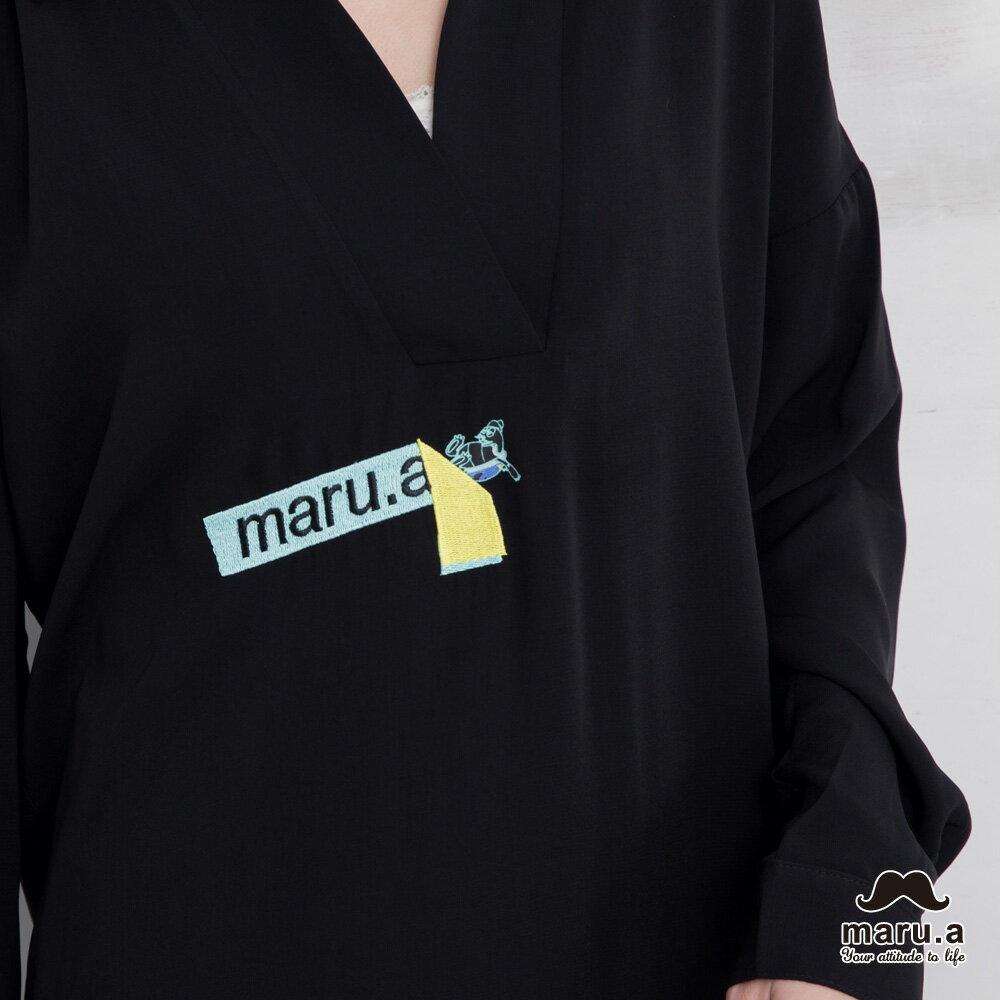 【maru.a】烏龜躲貓貓刺繡低領襯衫(2色)7923114 2