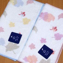 【夏日必備】《小方巾/手帕/童巾》╭*GT楓葉紅 純棉 雙面印花小方巾(22*22cm)