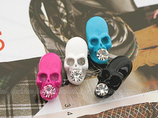 顝顱頭耳環-粉紅 單支$19 出清 時尚龐克個性顝顱頭個性耳環【DI260A】◎123便利屋◎