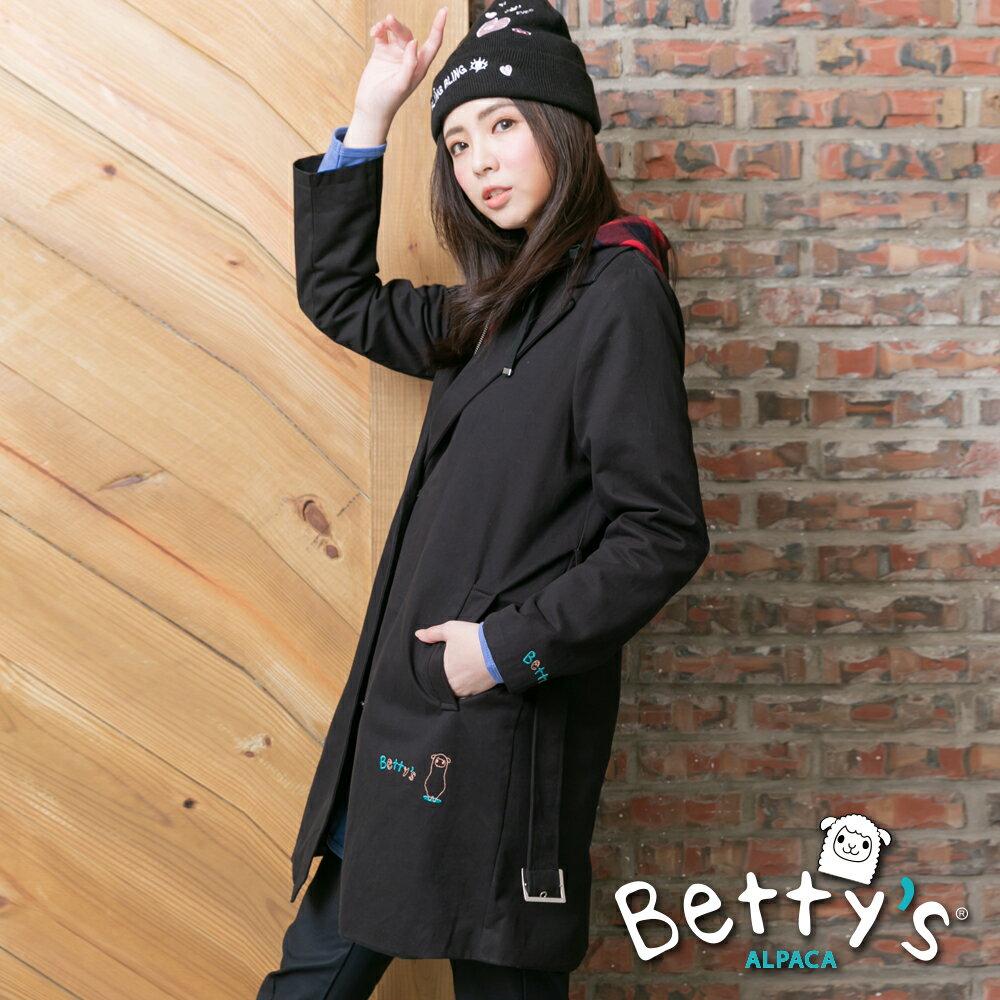 betty's貝蒂思Outlet 格紋帽抽繩拉鍊排釦大衣(黑色) ►夏日Fun價 | 指定款任2件85折