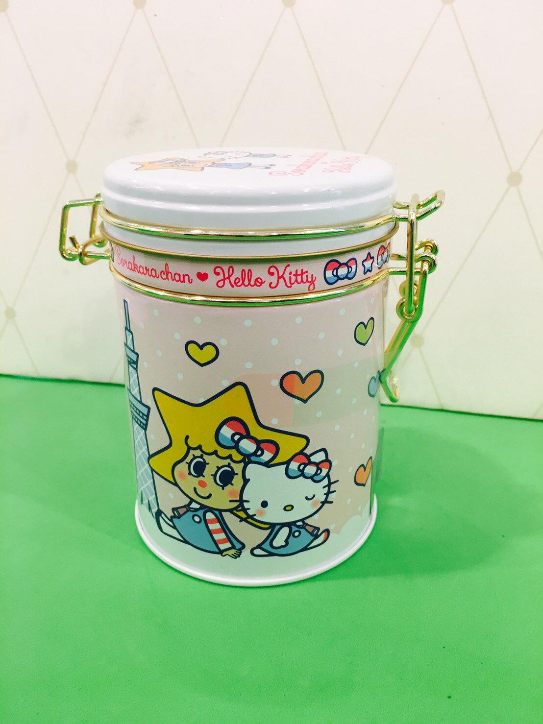 X射線【C240201】日本晴空塔代購-晴空塔 x Hello Kitty 5週年限定版紀念餅乾罐,點心/零嘴/餅乾/糖果/韓國代購/日本糖果/零食/伴手禮/禮盒