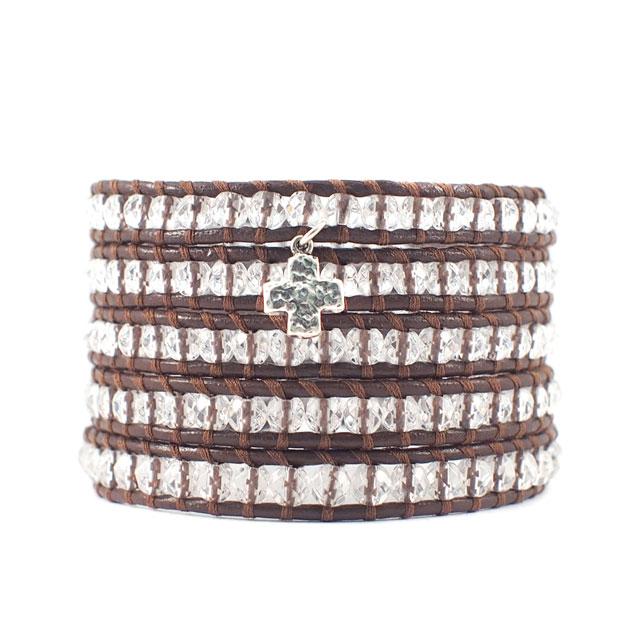 【CHAN LUU】施華洛世奇水晶十字架吊墜串珠棕色皮繩手環/5圈 (CL-BS-1289SSCq-Brown 0712030013)