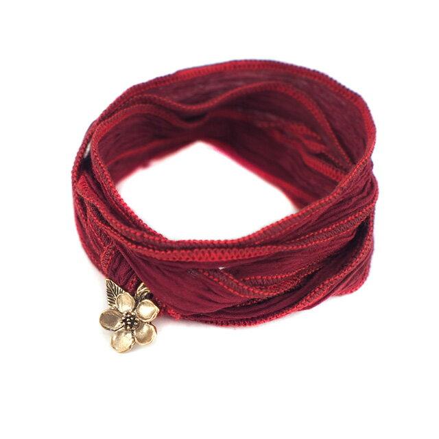 【現貨商品】【CATHERINE MICHIELS】Cherry Blossom金色櫻花暗紅色絲帶手環(CM-0064BR-Red 0627280000S000000604~5)