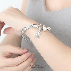 手環手鍊 甜美流蘇麻花編織金屬手環手鍊 甜美雪白珍珠 氣質精緻感 柒彩年代【NA323】共2色