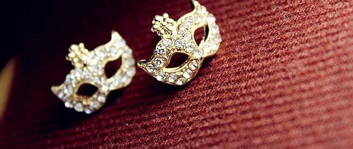 <br/><br/> 韓國 進口 面具 耳環 鑽石 百搭 氣質耳環 波西米亞 女 耳環 氣質風格 一對<br/><br/>