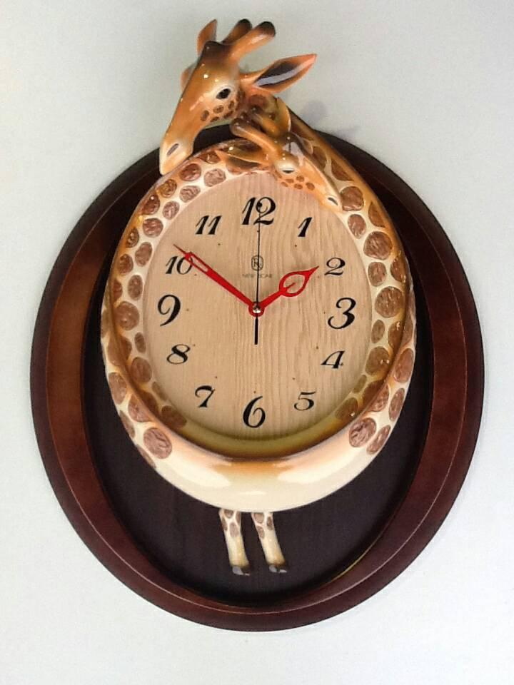 【尚品家具】 467-01 長頸鹿陶瓷鐘/造型時計/壁掛鐘/藝術飾鐘/美術時刻鐘/行針鐘/時鐘//Clock