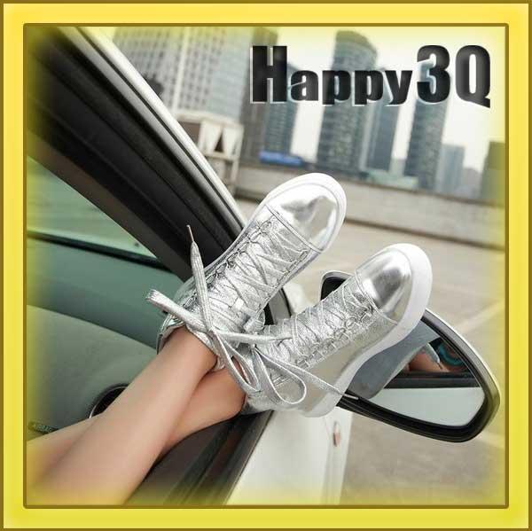 學院風街頭金屬色搶眼舒適內增高亮面綁帶運動鞋-銀/黑35-39【AAA0861】
