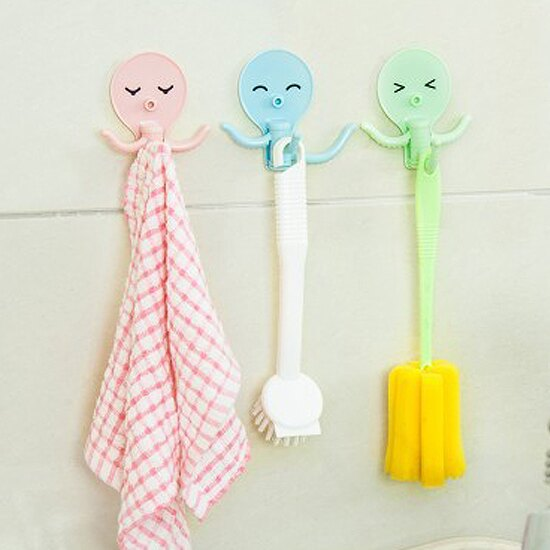 ♚MY COLOR♚章魚造型旋轉掛勾 立體 免釘 黏貼 廚房 浴室 玩具 懸掛 小物 櫥櫃 裝飾【N77】