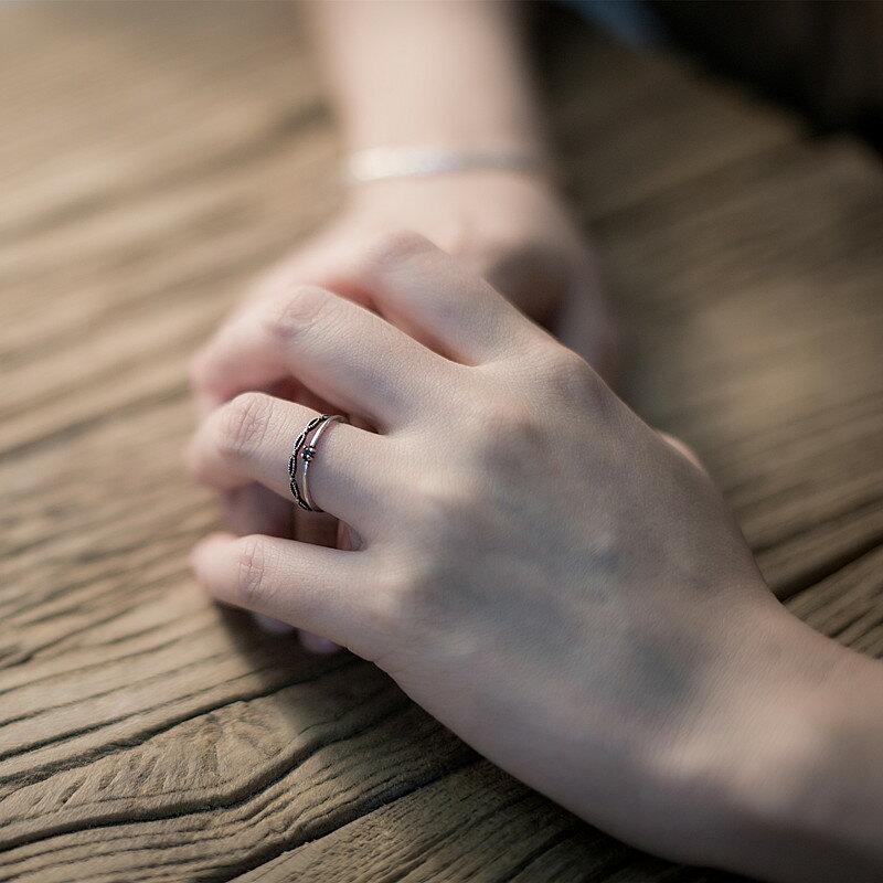 夢境邊緣 925純銀做舊泰銀輕盈黑色鋯石 開口戒指 尾戒1入