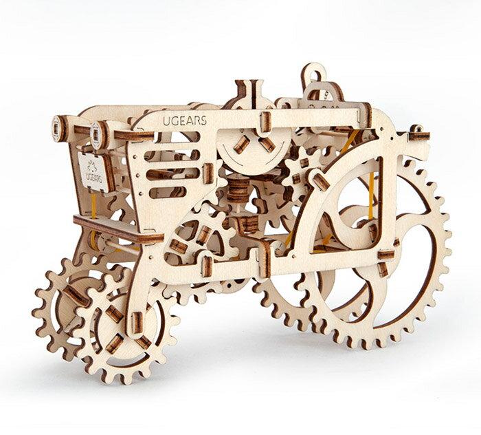 Ugears 自我推進模型 (Tractor 拖拉機) 3