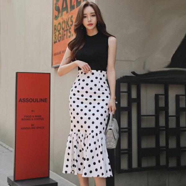 PS Mall 毛針織背心+大牌氣質顯瘦波點魚尾裙套裝 上衣+裙子【T482】 0