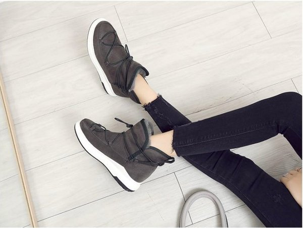 Pyf♥秋冬新款休閒低筒綁帶厚底百搭內裏毛絨雪靴運動休閒短靴43大尺碼女鞋