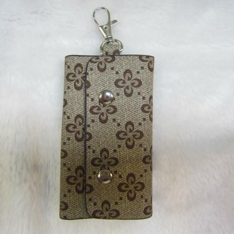 ^~雪黛屋^~SANDIA~POLO 專櫃品牌鑰匙包 防水防刮皮革6支鑰匙容量 70~SA