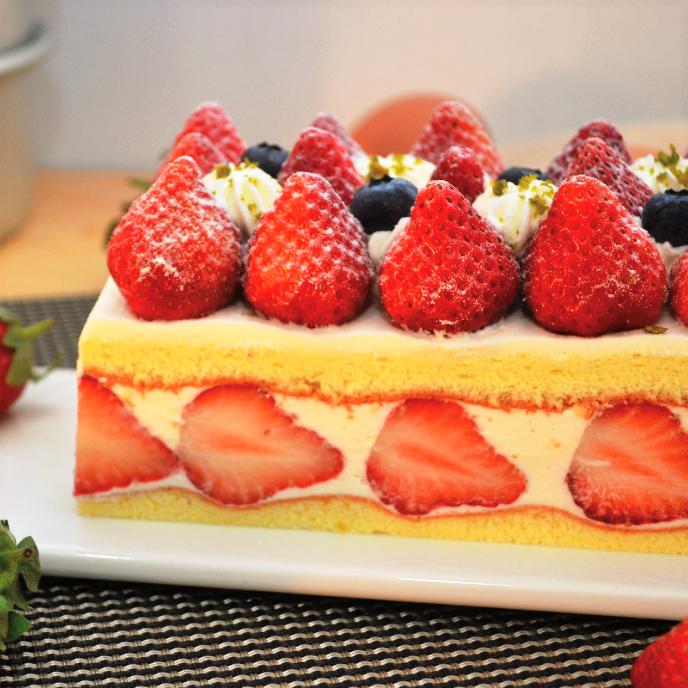 ◆免運費◆【食感旅程Palatability】北海道雪藏草莓蛋糕  ︱北海道直送乳酪+25顆以上大湖草莓製作  聖誕蛋糕推薦︱12月份已全數滿單,現在下單1月份開始陸續出貨! 3