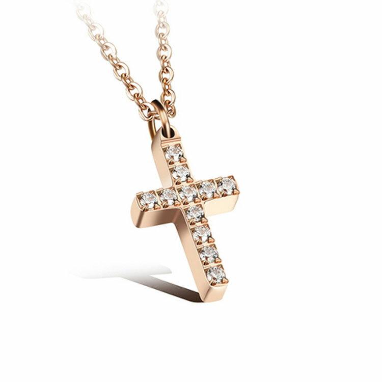 款 精美十字架鑲鑽 女款鈦鋼項鍊