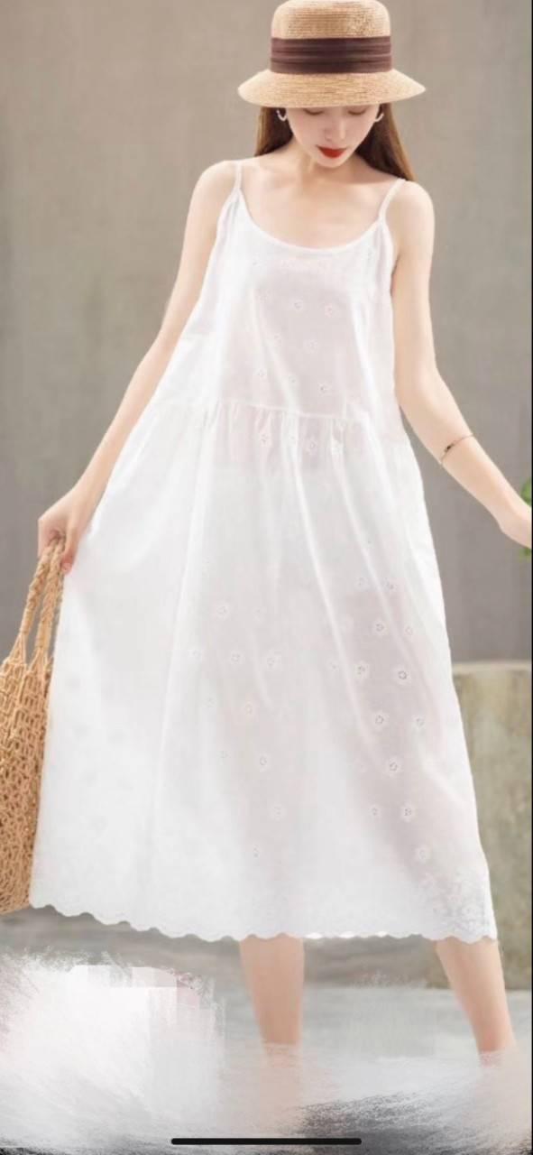 外流 細肩帶  繡花 棉麻 洋裝(共3色)  *現貨+預購*