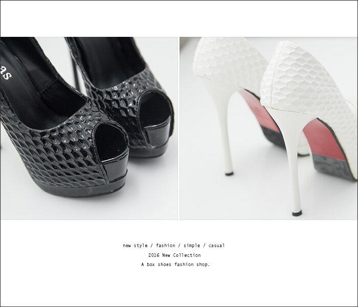 格子舖*【KF2598-2】完美女神比例顯修長 亮皮防水台13.5CM細跟魚口露趾高跟鞋 2色 2