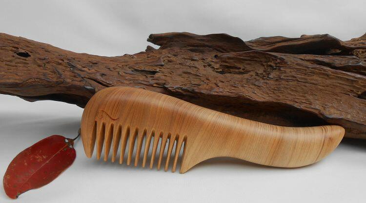 梳活人生原木 梳  向上梳   特小   檜木  陳憲毅  梳子 木梳  木紋細緻綿密