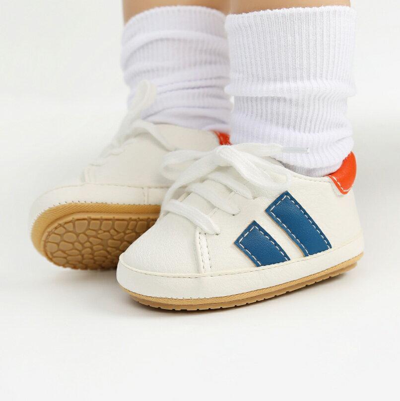 側邊雙條槓軟膠底運動學步鞋 軟膠片 學步鞋 嬰兒鞋 運動鞋 鞋子 新生兒 0~24M 橘魔法 現貨 寶寶鞋【p0061217051240】