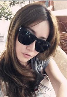 50%OFF SHOP【J003735Gls】經典款小辣椒太陽眼鏡批發 時尚方框墨鏡 附眼鏡盒 防紫外線 明星款 反光鏡面