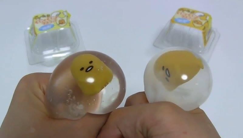 超萌療癒紓壓小物 蛋黃哥捏捏樂 三麗鷗 蛋黃哥 溫泉蛋 懶懶蛋 無力蛋 兒童玩具 (透明/白色隨機出)100089424150 0