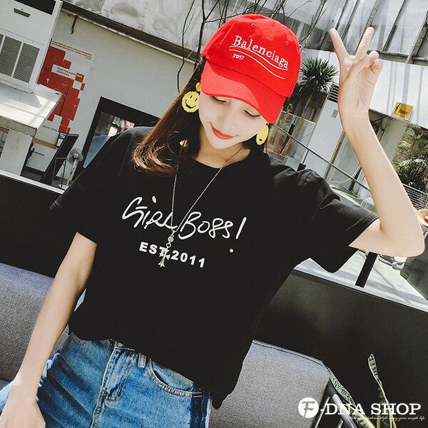 F-DNA★GIRLBOSS草寫英文圓領短袖上衣T恤(2色-M-2XL)【ET12713】 7