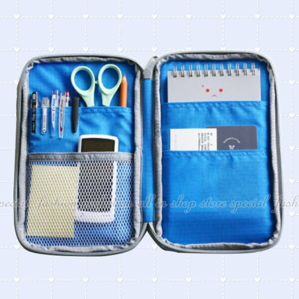 加厚多功能證件包 旅行收納包 卡夾 存摺護照包 證件夾 筆袋 手機袋【DO380】◎123便利屋◎