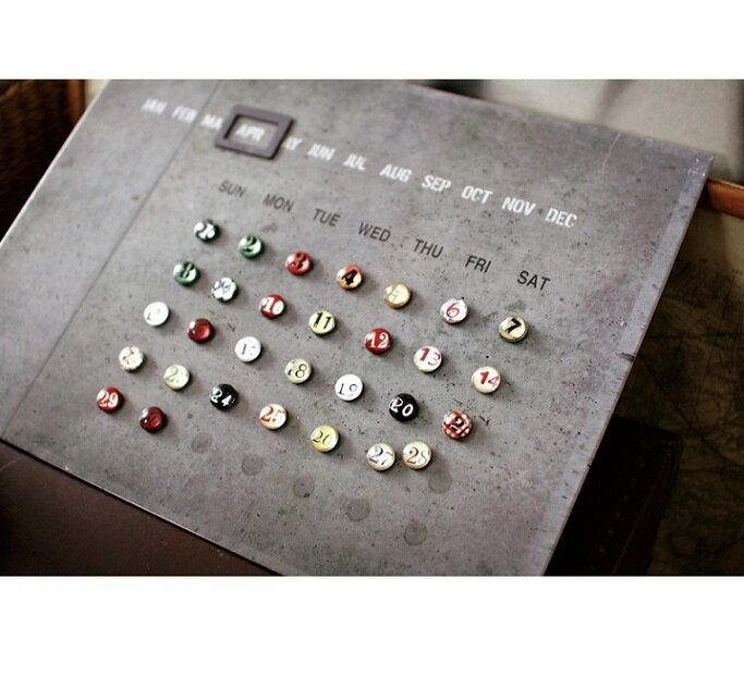 【This-This】日本 spice 工業風清水模樣式萬年月曆