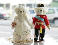 婚禮小物推薦到一定要幸福哦~~英倫風情婚紗對熊(整組含支架) 、婚禮小物、生日禮、婚禮佈置