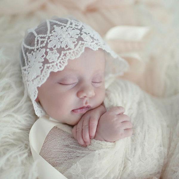 宮廷風 歐州皇家貴族 雕花蕾絲帽 綁帶緞帶 蝴蝶結 胎帽 遮陽帽 嬰兒 新生兒 帽子 白色百搭洋裝 華麗經典 ins ANNA S.