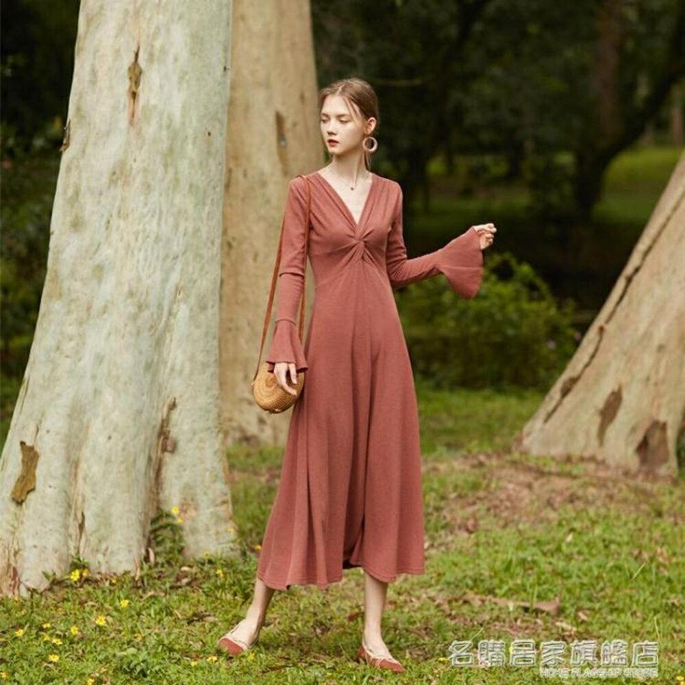 復古扭褶V領荷葉袖連身裙修身打底長袖長裙  名購居家 雙12購物節