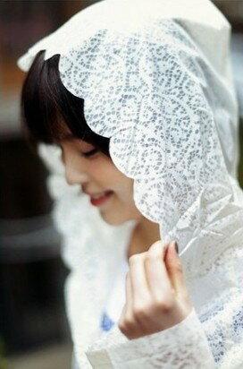 奢華感 公主風蕾絲印花 波浪邊 半透明雨衣 宮廷風 成人雨衣 半身雨衣 雨天也能很美