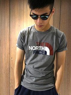 美國百分百【TheNorthFace】T恤TNF短袖T-shirt北臉彩色logo男深灰色E841