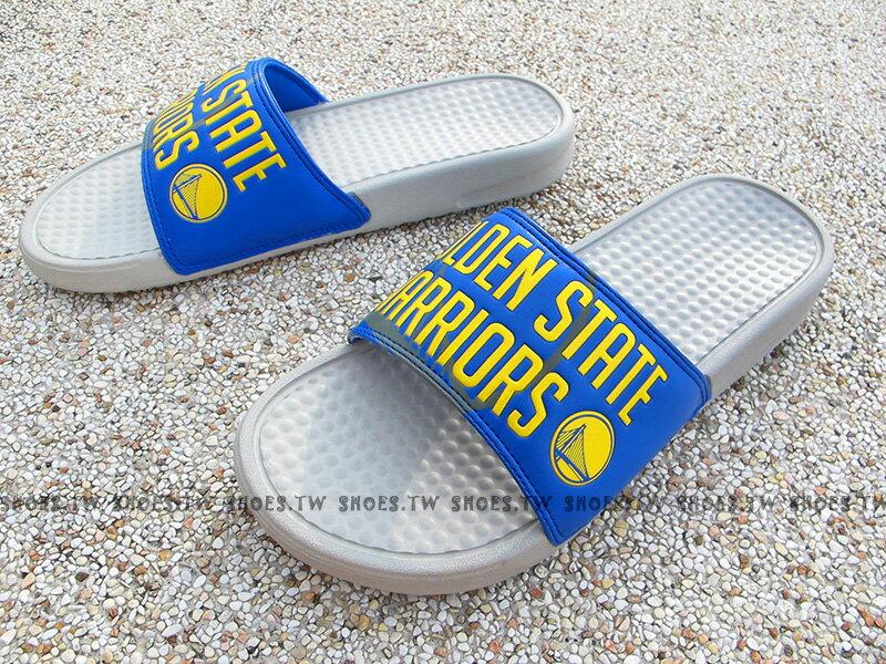 Shoestw【8661103-023】NBA 拖鞋 大字 LOGO 運動 勇士隊 藍灰 男生尺寸