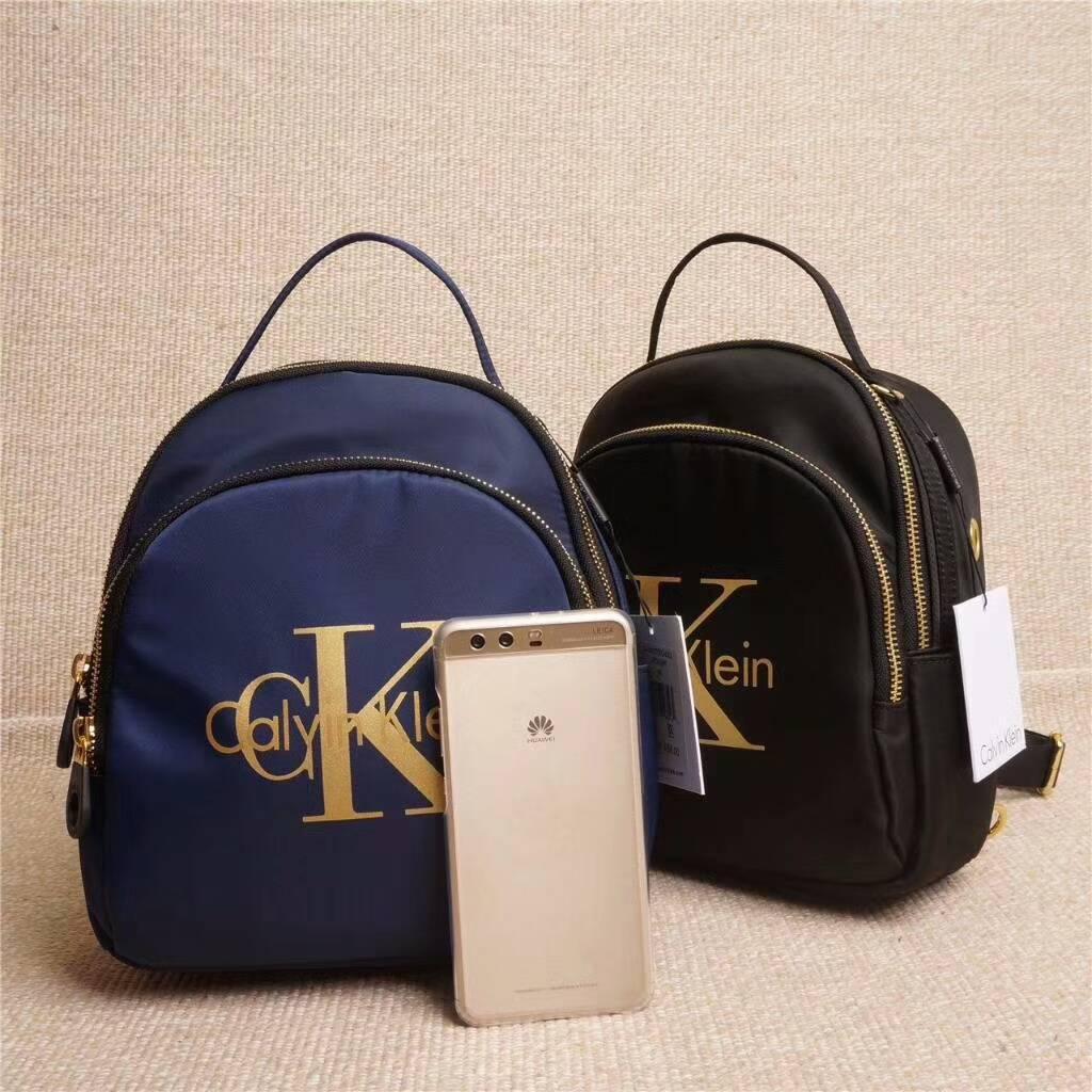 國外Outlet代購Calvin KleinCK CK 小C大K風格新款多功能雙肩包 後背包 上學包 外出包