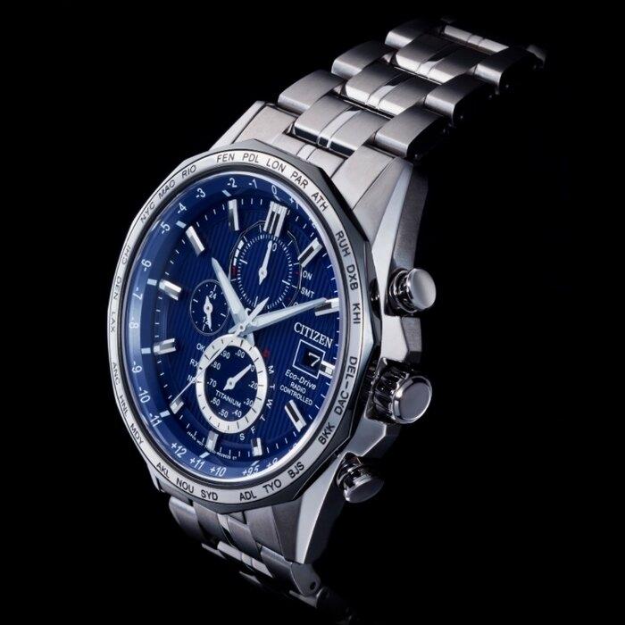 CITIZEN星辰 AT8218-81L 光動能電波對時鈦金屬時尚腕錶 44mm