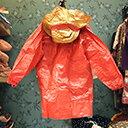 〔雨具〕海賊王。立體草帽魯夫小童雨衣100~120cm