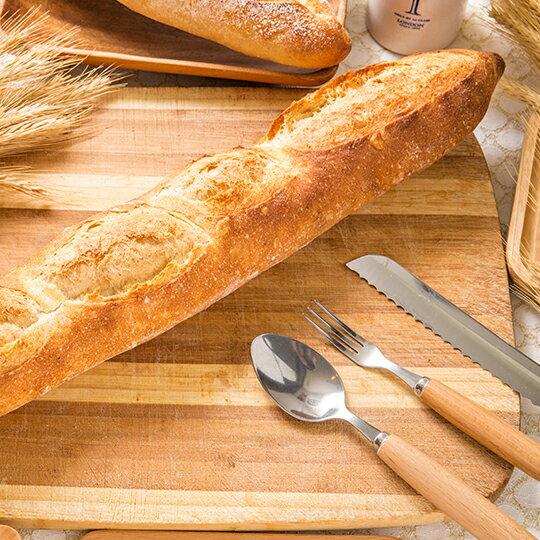 【小舞台烘焙】法國長棍►全素►法國老麵與黃金發酵96小時的葡萄液種►擁有呼吸般的切面►每日限量 10組