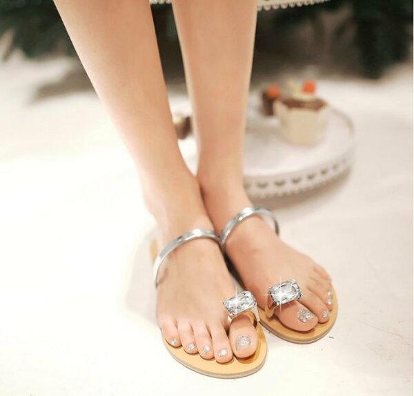 Pyf♥韓版公主風簡約寶石夾腳羅馬平底涼鞋海灘拖鞋42大尺碼女鞋