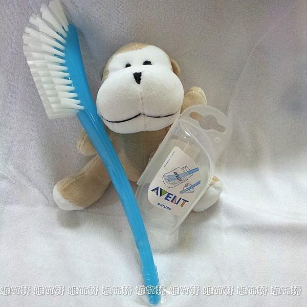 淇淇婦幼館~QQ019~英國  AVENT 奶瓶   奶嘴刷 獨特彎曲手柄 . 刷毛柔軟