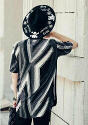 FINDSENSE MD 韓國 潮 男 嘻哈 街頭時尚 拼接衣袖後背特色條紋 別針 夜店DJ發型師 短袖T恤 特色短T