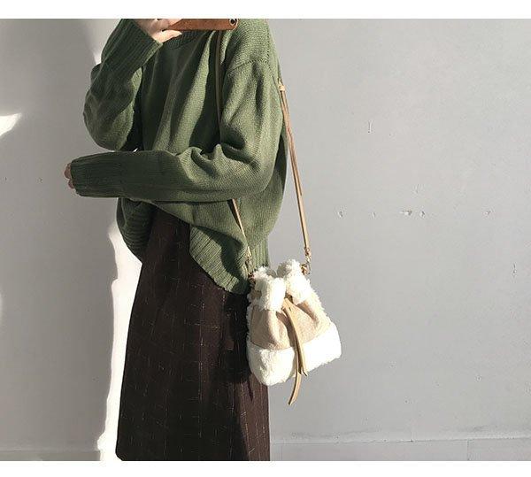 韓版可愛毛毛手提包迷你水桶包復古撞色單肩包斜背包 4