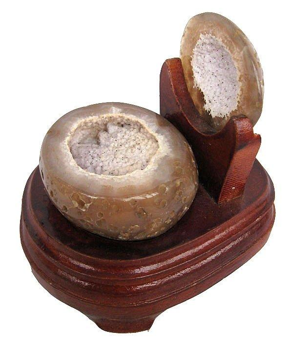 水晶瑪瑙聚寶盆擺件0.76kg瑪瑙洞