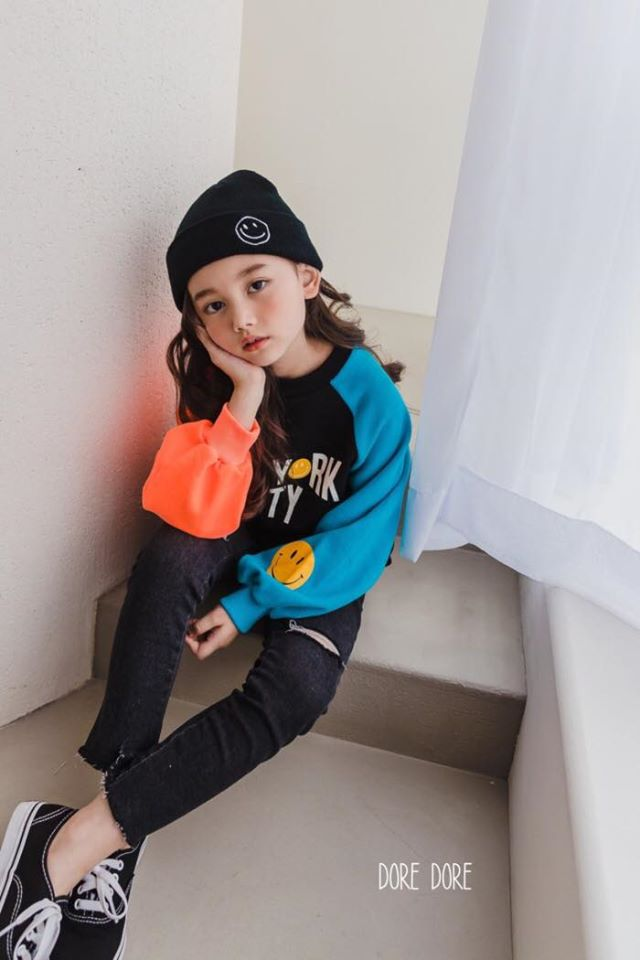 2020秋季新款~小中大童拼接NEW YORK 率性上衣(兩色可選)