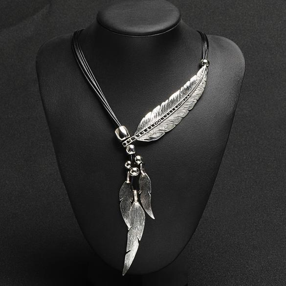 Bohemian Style Bronze Rope Chain Feather Pattern Pendant  Necklace 1