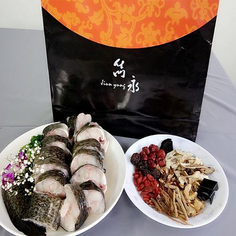 皇家珍膠鱸鰻養生鍋禮盒(二台斤)