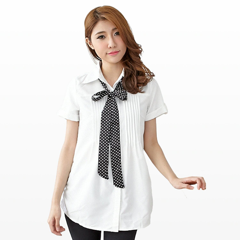 長版襯衫--青春洋溢點點領結胸前壓摺反折短袖長版襯衫(白.藍M-2L)-H123眼圈熊中大尺碼 1