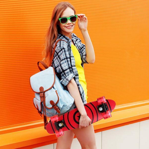 22inch Mini Cruiser Style Skateboard Outdoors Fun Wooden Skate Board with LED Light Wheels 5