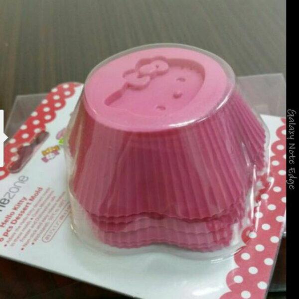 苗源烘焙原物料:施理康HelloKitty杯子蛋糕模(6枚入)