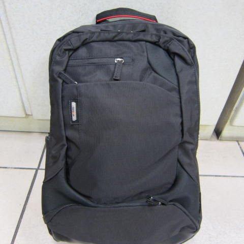 ~雪黛屋~eeBag 超輕電腦後背包 13-17吋電腦專用背包 外出郊遊上學上班萬用後背包EB0999BK黑